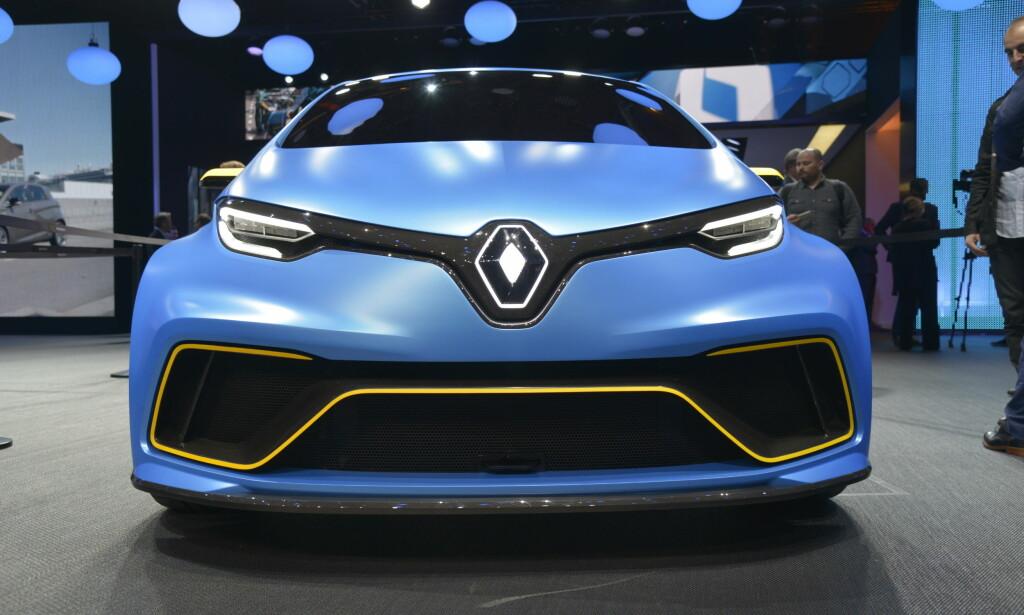 Look-a-like: Med rørkonstruksjon og karbonkarosseri er Renault Zoe e-Sport mer som en look-a-like å regne. Foto: Jamieson Pothecary