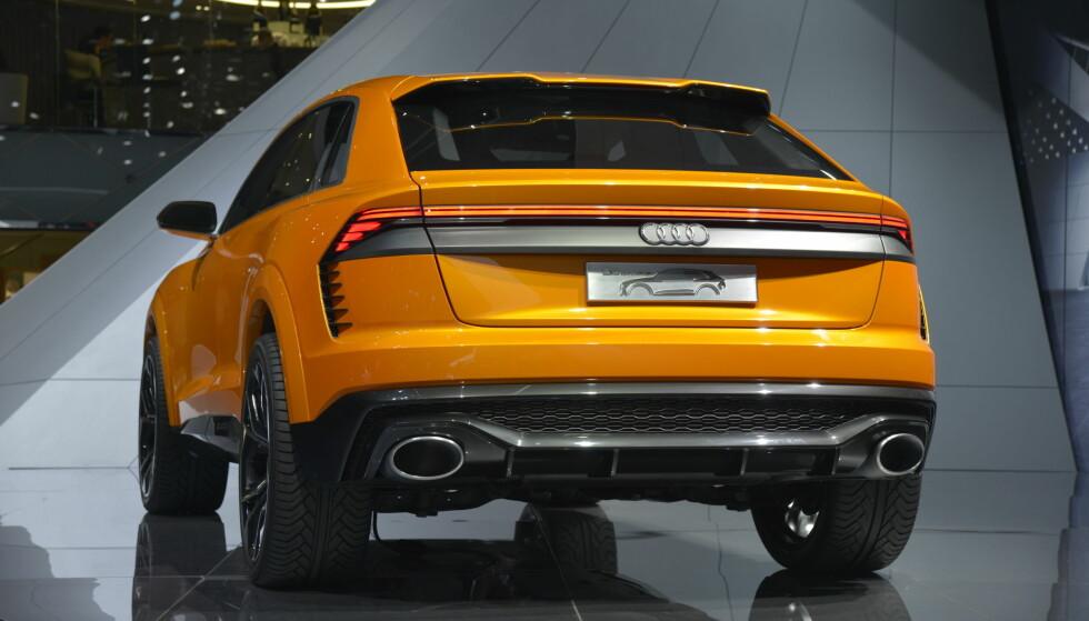 HEFTIG HEKK: Her har Audi-designerne fått boltre seg mer enn vanlig: Tøff hekkspoler og alu-diffuser med ovale enderør understreker sportslige ambisjoner. Foto: Jamieson Pothecary
