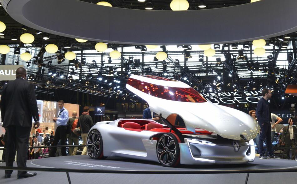 ÅRETS KONSEPTBIL: Renault Trezor har vunnet pris i Genève for sitt imponerende design. Konseptbilen ble også vist på bilmessa i Paris i september i fjor. Foto: Jamieson Pothecary