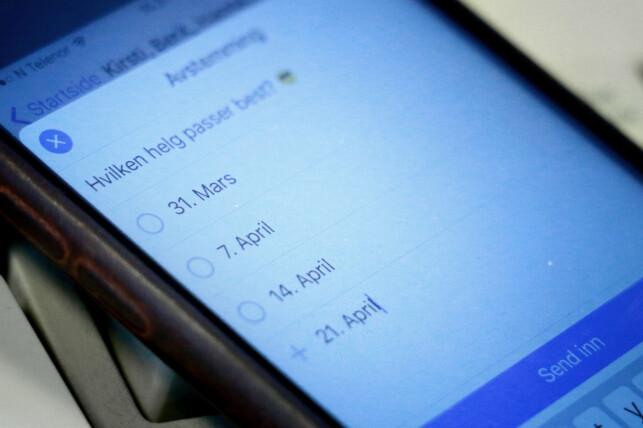ENKELT: Å lage selve avstemningen i Facebook Messenger går raskt og enkelt. Det er enkelt å svare, også. Foto: Ole Petter Baugerød Stokke