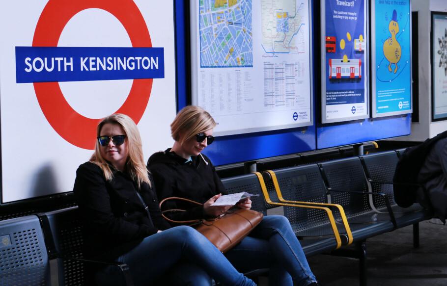 TRANSPORT TIL HEATHROW: Bor du ved t-banelinja Piccadilly, som er mørkeblå i t-banekartet, er det svært enkelt å komme seg til og fra Heathrow. Foto: Kristin Sørdal