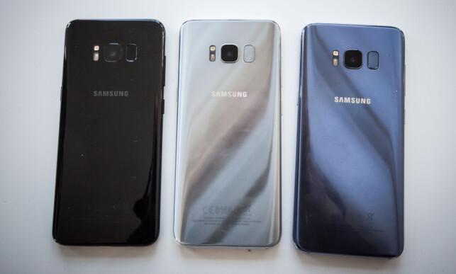 TRE FARGER: Samsung Galaxy S8 og S8+ fås i tre farger: Midnight Black, Arctic Silver og Orchid Grey. Foto: Gaute Beckett Holmslet