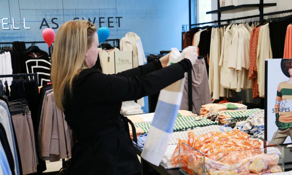 BILLIGERE: Dagens valutakurs gjør det billigere å handle klær på kjedebutikker i London, sammenlignet med i Norge. Foto: Berit B. Njarga