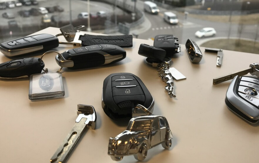 NY BILNØKKEL: «Keyless»-nøkler blir stadig mer vanlig. Prisen om du mister en kan imidlertid bli meget høy. Foto: Øystein Fossum