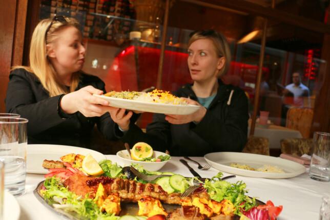 PÅ DELING: Store porsjoner, selv om vi tok et par retter på deling. Foto: Kristin Sørdal