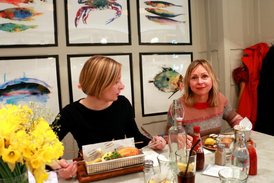 DEN BESTE RESTAURANTEN I LONDON? Vi har testet ut de to restaurantene som ifølge TripAdvisor er de beste for lunsj rundt Oxford Street. Og Mayfair Fish and Chips, som du kan se på bildet, er vår absolutte favoritt! Foto: Hanna Sikkeland