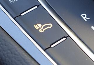 Denne knappen blir påbudt i nye el- og hybridbiler