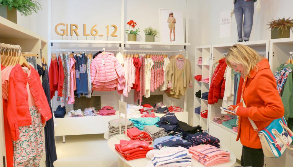 NULL MOMS PÅ BARNEKLÆR I STORBRITANNIA: Du betaler ikke moms på barneklær for barn under 14 år i Storbritannia. Vi fant prisforskjeller på opptil 36 prosent, på samme plagg i London og i Norge. Foto: Berit B. Njarga
