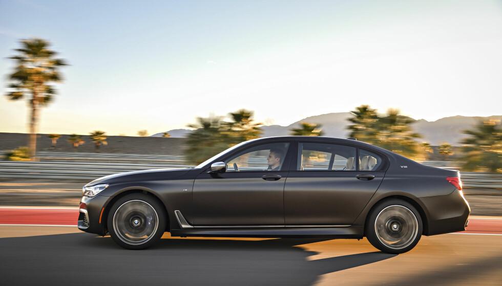 Lokomotiv: M760 er både lynrask og stabil, en skikkelig langtraver. Foto: BMW