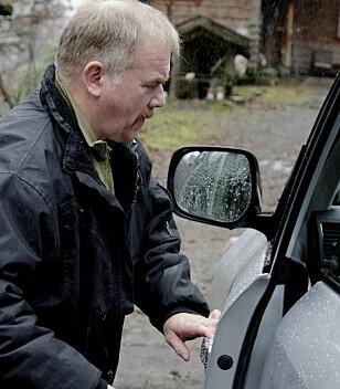 - EN FILLETING: Leder Kurt Willy Oddekalv i Norges Miljøvernforbund (NMF) kjører selv Toyota. Han reagerer ikke på treveislogistikken til Proace. Foto: Paul S. Amundsen