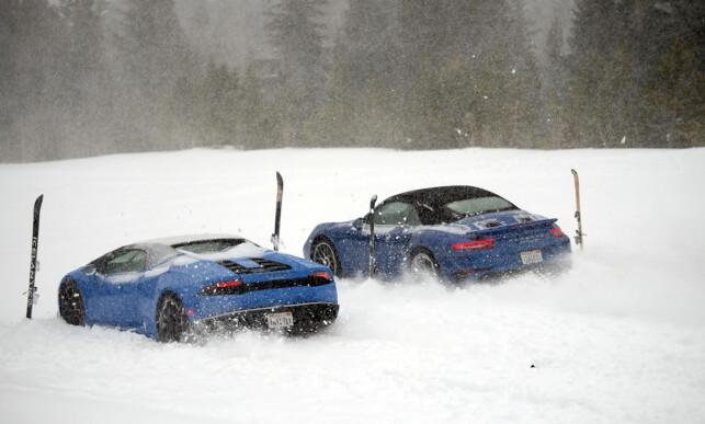 ELSKER SNØ: Top Gear-gjengen får aldri nok av kjøring på vinterføre. Foto: BBC Press/Gabriel Mori
