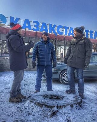 KALDT: Top Gear-programlederne innrømmer at de ikke er glade i å fryse.                 Foto: BBC Press / Gabriel Milori