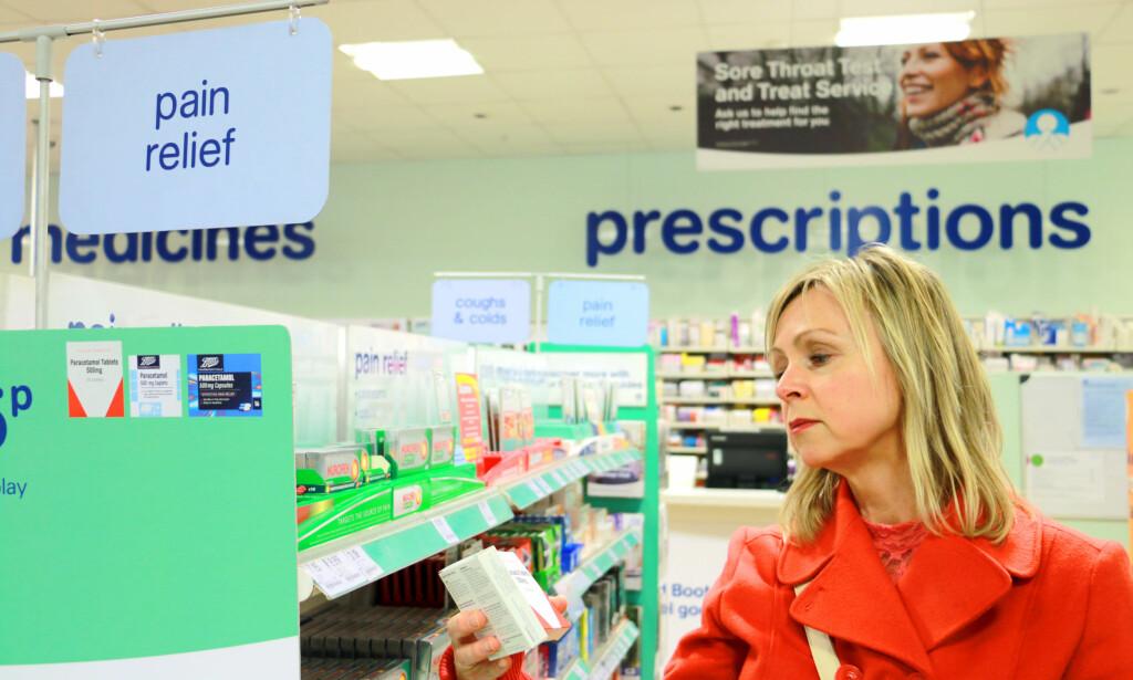 91 PROSENT BILLIGERE: Du kan spare inntil 91 prosent på smertestillende tabletter i Storbritannia, sammenliknet med norske priser. Foto: Berit B. Njarga