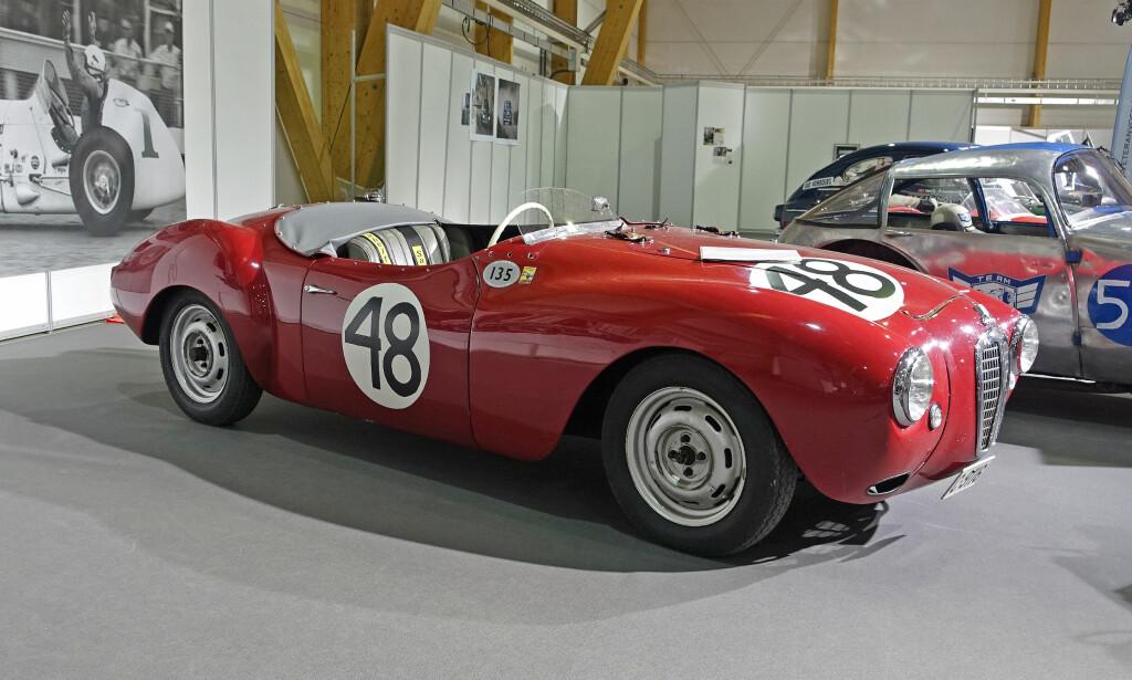 PROTOTYP: Produsenten Aldington Frazer Nash (AFN) i England, var egentlig bilimportør, men produserte spesialbygde racere som deltok både i Mille Miglia og Le Mans på 50-tallet. Her ser vi en Frazer Nash DKW Prototyp, bygd i aluminium på DKW-ramme. Den har deltatt i en del bakkeløp før den ble forsiktig restaurert. Motoren er en 1,0-liter som yter beskjedne 50-60 hester, ifølge utstilleren. Foto: Knut Moberg