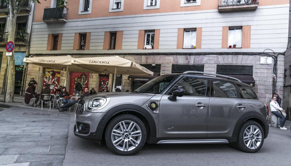 """STOR: Til å være en """"Mini"""", er Countryman ganske så røslig - den har de samme dimensjonene som en VW Golf, sånn omtrent. Foto: Mini"""