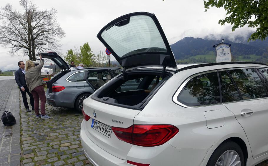 TOURING: BMW 5-serie Touring kom på plass 18-. mai og har alle velkjente funksjoner, som blant annet todelt bakluke. Nå er elektrisk håndfri åpning av bakluka standard.