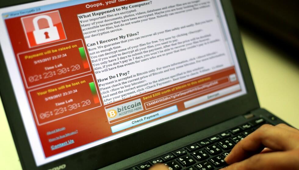DEN VERSTE FEILMELDINGEN? Flere hundre tusen PC-er er rammet av Wannacry; utpressingsskadevare som krever deg for tusenvis av kroner for å få tilgang til filene dine igjen. Foto: Ritchie B. Tongo / EPA / NTB Scanpix