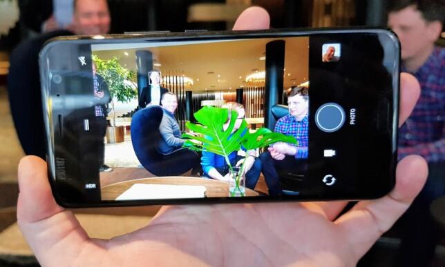 DET BESTE? Ifølge HTC skal U 11 ha det beste mobilkameraet på markedet. Det skal vi selvsagt se nærmere på når vi får telefonen inn til test. Foto: Pål Joakim Pollen