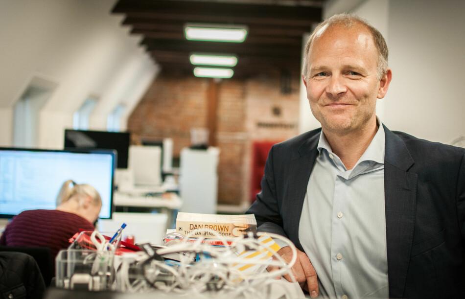 SER BEDRING: Marius Mårnes Mathiesen i Shortcut har sett klare forbedringer i Android de siste årene. Nå håper han bare at bransjen begynner å ta operativsystemet på alvor. – Jeg tror man nå innser at man også her må gjøre en skikkelig jobb, sier han. Foto: Gaute Beckett Holmslet