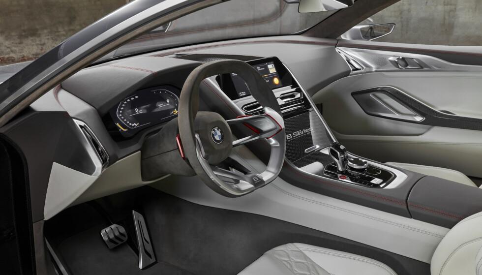 MER KANTET: Interiøret bærer mer preg av ikke å være produksjonsferdig enn eksteriøret gjør, men varsler også en oppdatering av BMWs designspråk. Foto: BMW