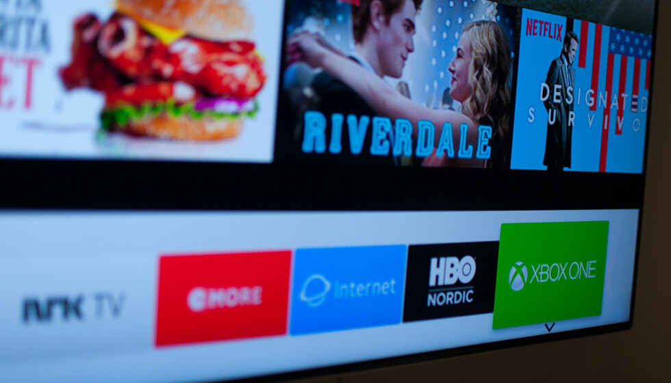 SMART LØSNING: Nå heter det ikke HDMI 2. I stedet oppretter TV-en en app-flis som i praksis er en snarvei for å velge den tilhørende signalkilden, for eksempel Xbox. Foto: Gaute Beckett Holmslet