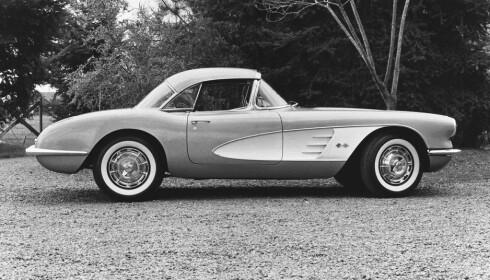 KLASSIKER: Chevrolet Corvette C1 var en ekte lekkerbisken i 1953.