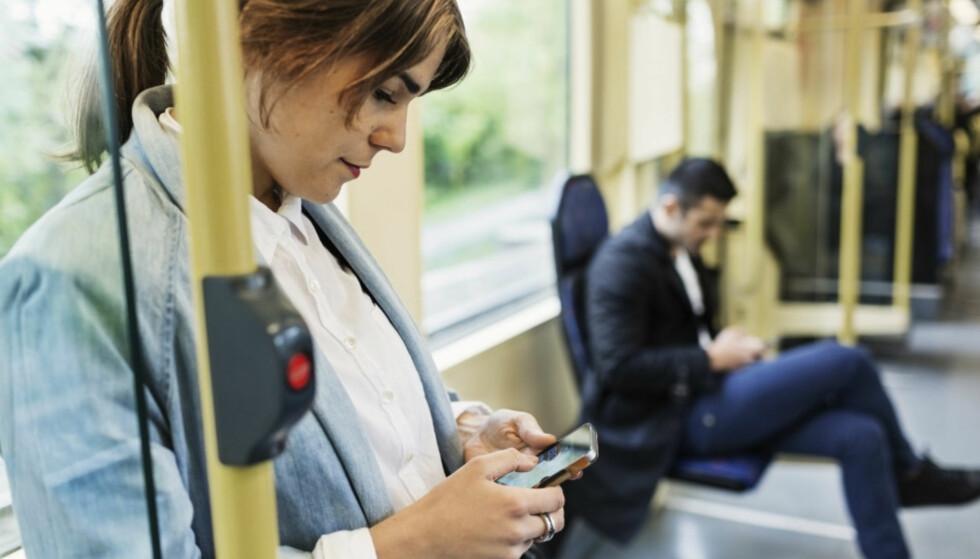 <strong>FOR DYRT:</strong> Nkom mener det er for dyrt for andre mobilaktører å leie plass i Telenors mobilnett. Foto: Maskot / NTB Scanpix