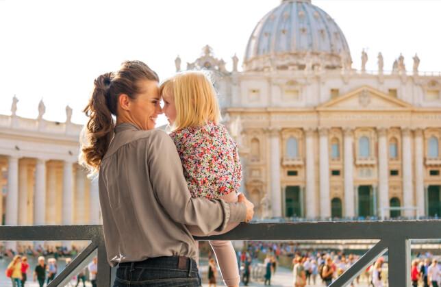 ITALIA I SOMMER? Skal du til Italia med babyen i sommer, bør du vurdere om dere trenger å sette første MMR-vaksinasjon før avreise. Foto: Shutterstock/NTB Scanpix