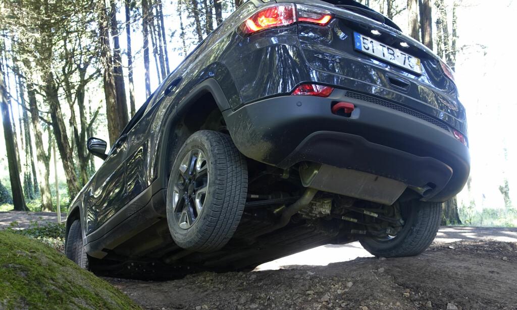 NYTT FRA JEEP: Compass skal inn i det svært attraktive markedet for kompakte og mellomstore SUVer. Ett av argumentene skal være terrengegenskapene. Foto: Rune M. Nesheim