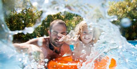 Sjekk om det blir dyrt på reisemålet ditt i sommer