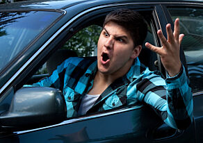 image: To av tre mener BMW-sjåførene er frekkest