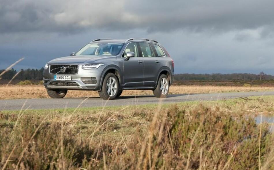 STRYK I TEST AV LADBARE HYBRIDER: Volvo XC90 T8 Twin Power får karakteren 1/5 i ADACs test miljøtest av plug in-hybrider. Foto: Volvo