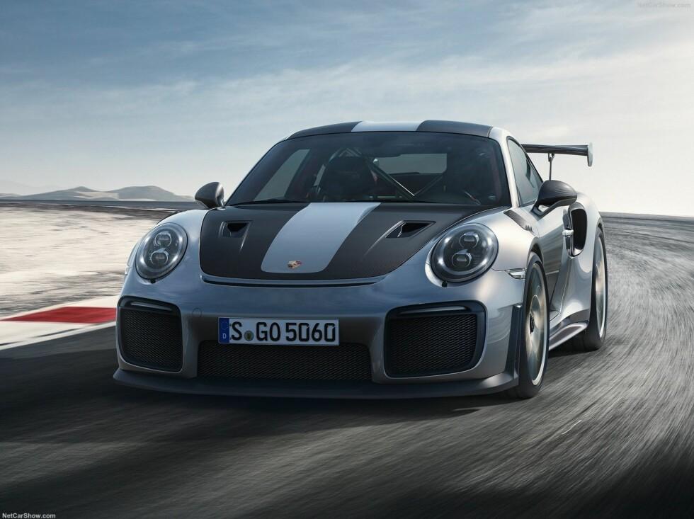 TIDENES KRAFTIGSTE: Porsche 911 GT2 RS. Foto: Porsche