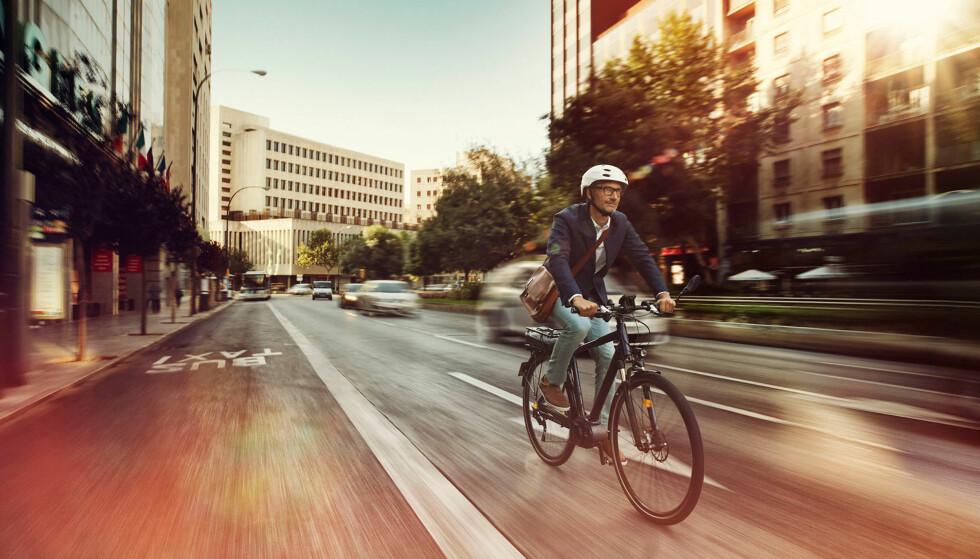 <strong>TRYGGERE I TRAFIKKEN:</strong> Biler og motorsykler har det allerede. Nå kommer ABS-bremsene også for elsykler. Foto: Bosch