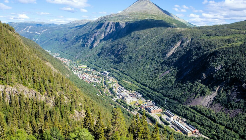 NORSK HISTORIE: Fra Krossobanen blir man servert både vakker norsk natur og viktig historie. Foto: Bent Nordeng / Shutterstock / NTB scanpix