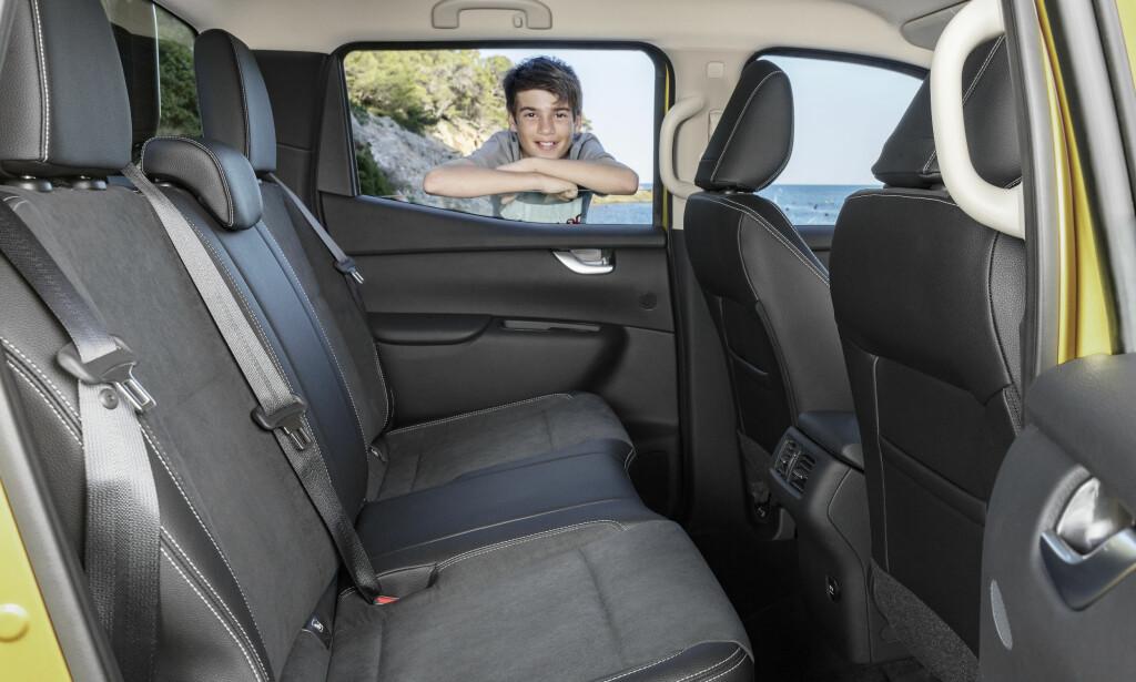 FAMILIEBIL: X-klasse kan være arbeidsredskap, men kan også brukes privat. Foto: Daimler