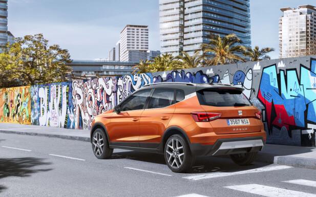 STRAMME LINJER: Designspråket har karakter, synes vi. Trekant-temaet skiller den fra andre merker i VW-konsernet. Foto: Seat