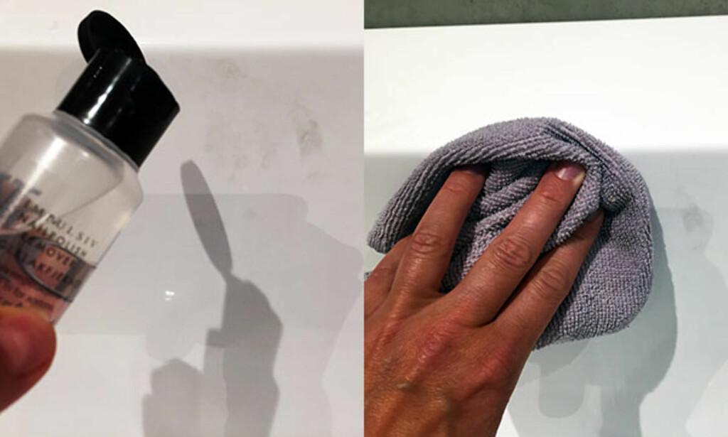 FØRST: Påfør neglelakkfjerner på flekken på badekaret. Tørk over flekken med en tørr klut. Foto: Linn M. Rognø.