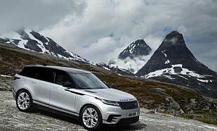 """<strong>STILREN:</strong> Enda færre detaljer og og renere linjer preger Velar. Når den parkeres senkes bilen på luftfjæringen og får en fantastisk """"stance"""". Bilen på bildene har R-dynamic utstyrsnivå. Foto: Land Rover"""