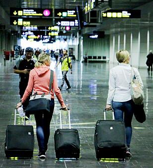 KJEDELIG: Å bli sittende fast på en flyplass er en kjedelig start eller avslutning på det som skulle være en fin ferie. Men du kan kreve erstatning av reiseoperatøren din om ikke flyselskapet hjelper deg. Foto: Ole Petter Baugerød Stokke