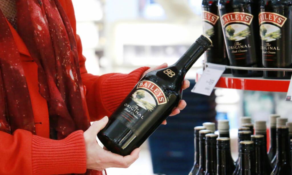 KJØPE VIN PÅ GARDERMOEN? Både Baileys og andre likører regnes inn under taxfree-kvota for vin, så lenge de ikke inneholder mer enn 22 prosent alkohol. Foto: Hanna Sikkeland.