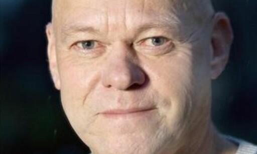 STØYDEMPING VERST: Bård Morten Johansen i Trygg Trafikk advarer spesielt mot støydempende hodetelefoner. Foto: Trygg Trafikk