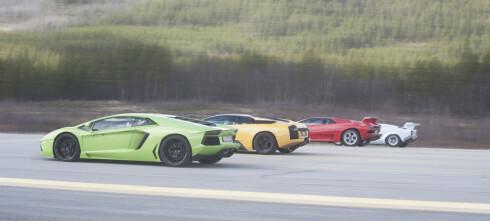 Se fire generasjoner av Lamborghinis raskeste kappkjøre på flyplass!