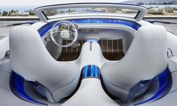 YACHT-INSPIRERT: Den maritime inspirasjonen er tydelig, som det er tilfellet med en god del biler i nen ypperste luksusklassen. Foto: Daimler