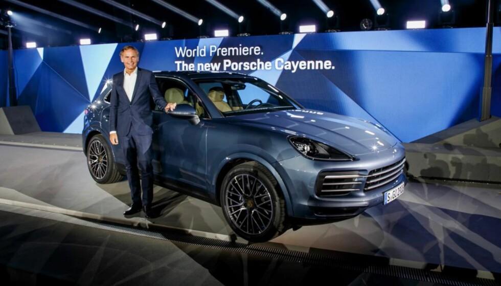 NY PORSCHE CAYENNE: Porsches viktig SUV-modell ble avduket i Stuttgart tirsdag kveld. Foto: Porsche