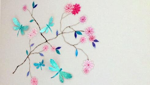 <strong>TIPS:</strong> Tenk langt frem i tid. Fremfor å male veggene i regnbuefarger kan man velge nøytrale farger og heller pynte opp rommet med stickers som kan fjernes om barnet ønsker det når det blir eldre. Foto: Linn M. Rognø.