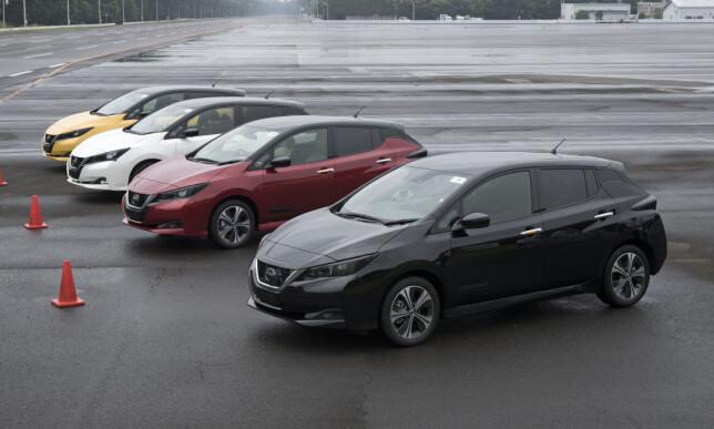 KLAR TIL DYST: Et utvalg av førproduksjonsbilene som sto til vår rådighet for prøvekjøring ved Nissans testsenter i Motegi. Foto: Nissan