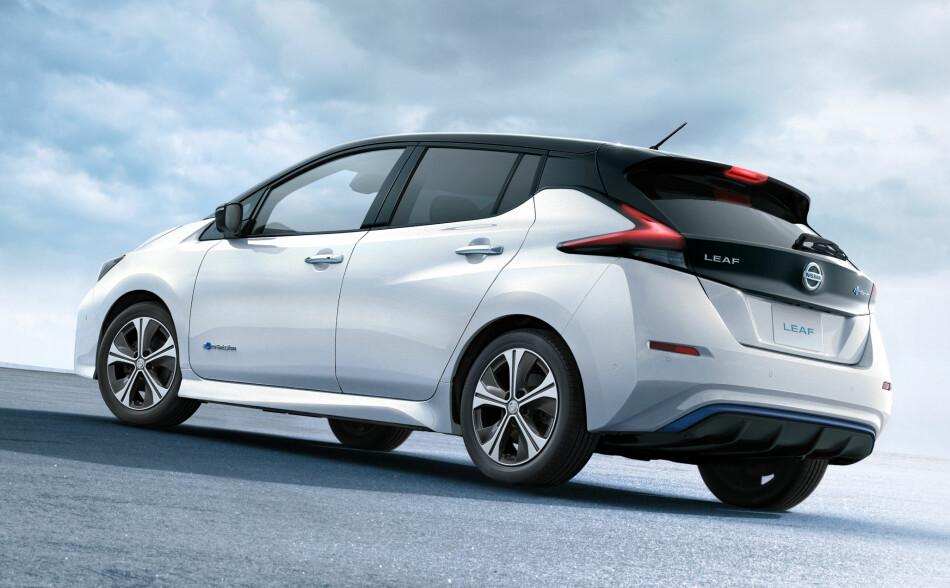 MER «NORMAL»: Designernes oppgave med nye Leaf var å gi den et utseende på linje med de øvrige modellrekkene. Dette i motsetning til forgjengeren, som skulle markere seg som annerledes, futuristisk og miljøvennlig. Flere bilder nederst i saken. Foto: Nissan