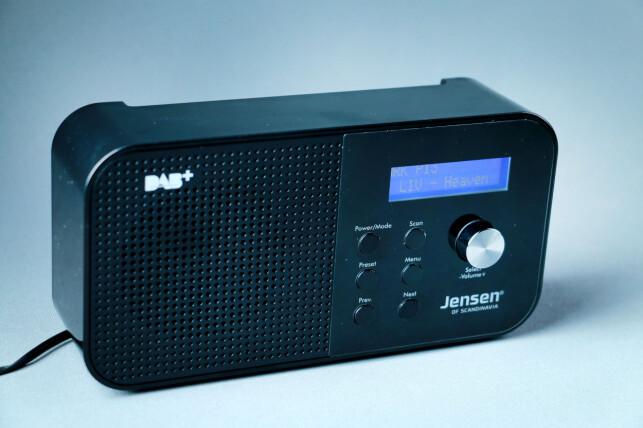 MINI-JENSEN: Fox 100 kan ikke sammenlignes med Jensens sagnomsuste Buddy-radio. Foto: Ole Petter Baugerød Stokke