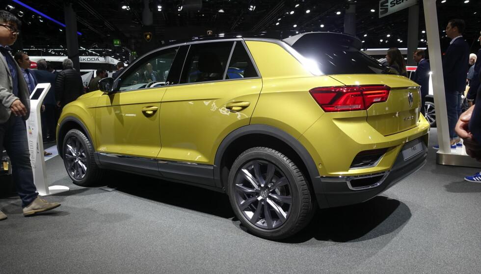 <strong>KOMPAKT:</strong> Små crossovere finnes det stadig flere av. Vi tipper tøffe Volkswagen T-Roc står på ønskelista til mange. Foto: Rune M. Nesheim